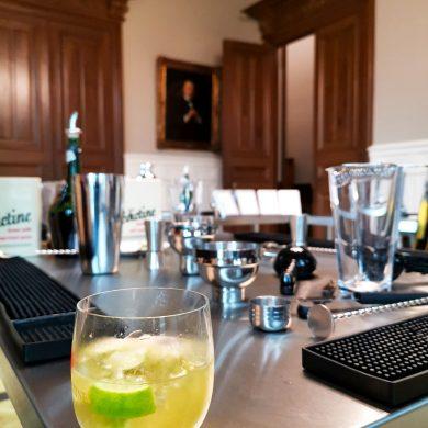 Zelf cocktails maken in het Palais Bénédictine