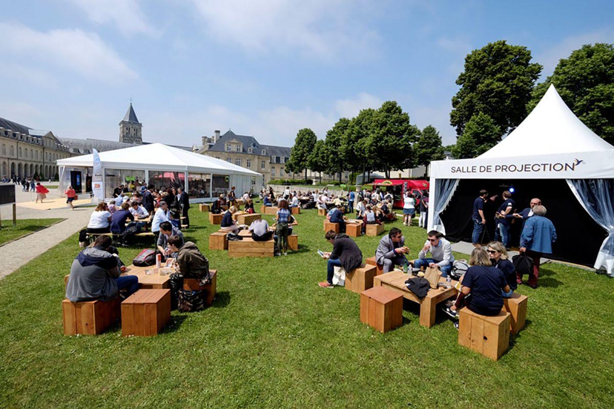 Village du Forum Mondial Normandie Pour la Paix